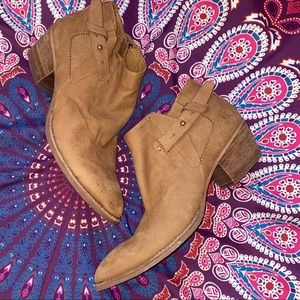 Dolce Vita Brown Nubuck Leather Booties